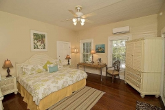 alligator-suite-bedroom-key-west