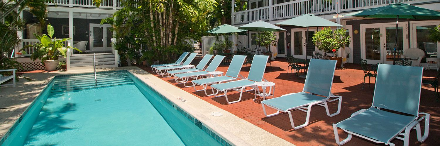 l locationphotodirectlink and breakfast west area florida grotto key of backyard picture shaped bed keys